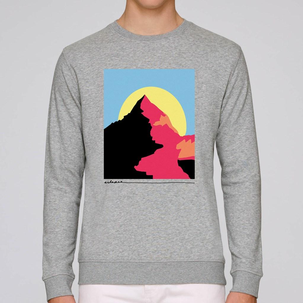 Eskapee-Mountain-sweater-mockup-3