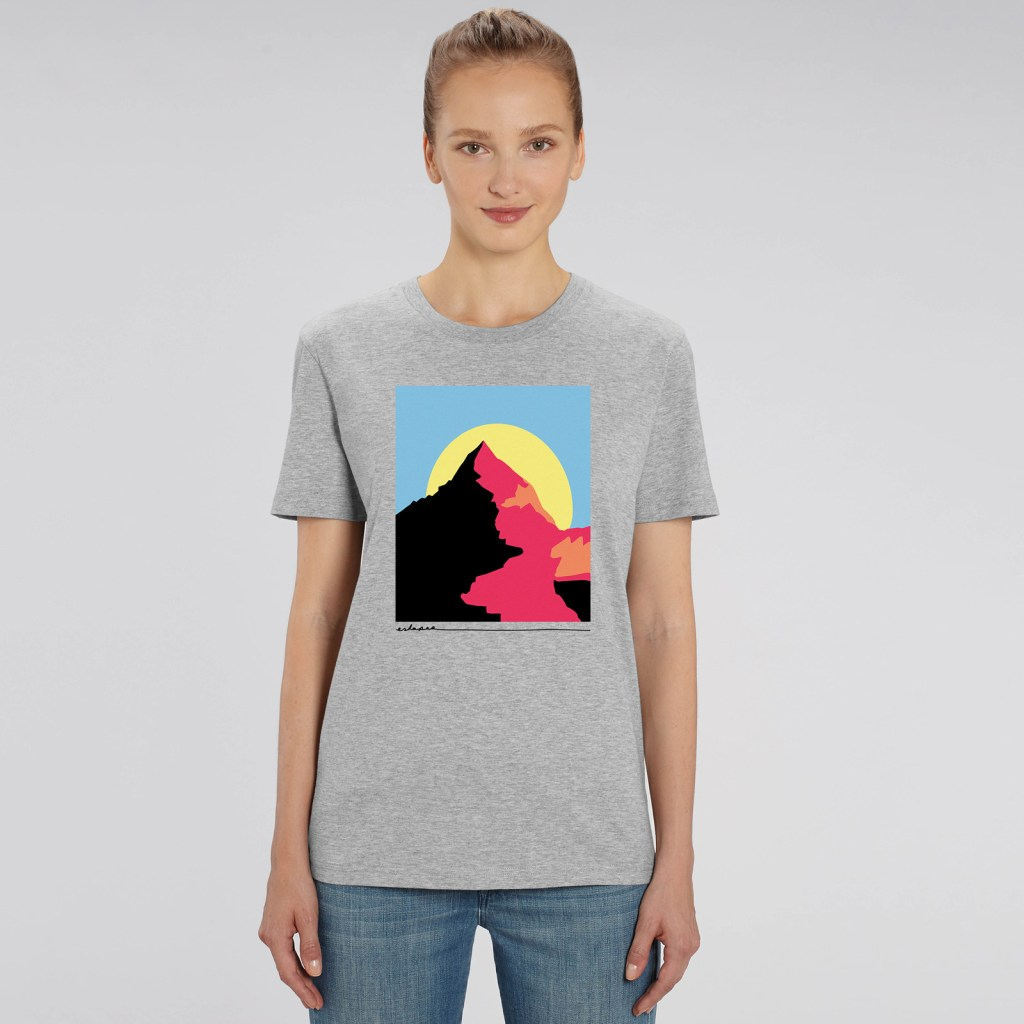 Eskapee-Mountain-t-shirt-mockup-2
