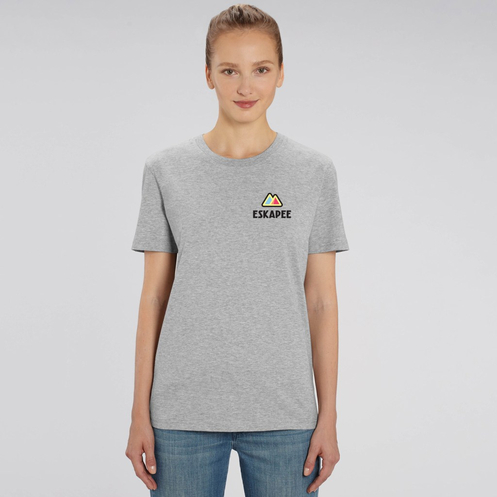 Eskapee-logo-t-shirt-mockup-2